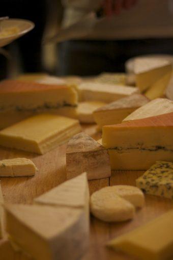 Extra cheese ingår alltid efter middagarna på UCPA-resorna.