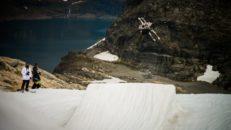 Snowboardproffs coachar på What! Summer Camp
