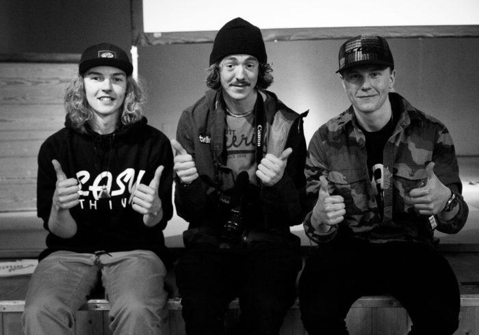 Vinnarna av Guldpjäxan – Jesper Adamsson och Joakim Björklind, tillsammans med förra årets vinnare Marcus Ahlström (mitten).