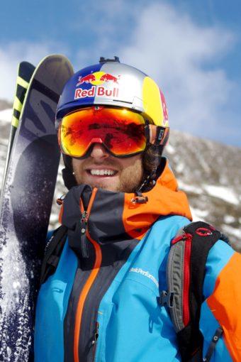 """Farsan Windstedt har i år åkt en hel del skidor med äldste sonen Loui. """"Han är duktig men har plogar lite mycket."""""""