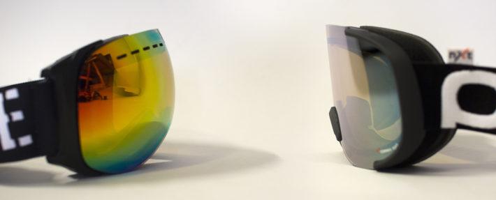 Sfärisk respektive cylindrisk lins på två skidglasögon.