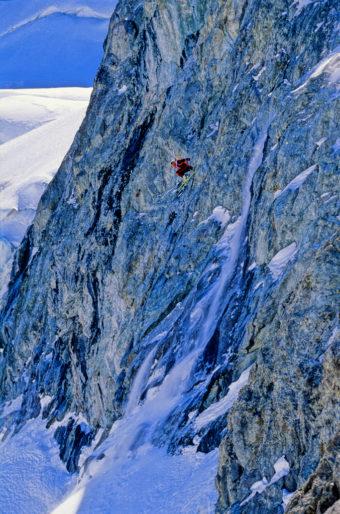 Jesper Rönnbäck tar luft i Trifide III nådens år 1997