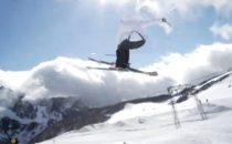 Jon Olsson är tillbaka på skidor igen