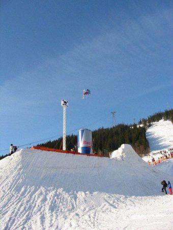 Janne Aikio hoppar högre än alla andra på RBBA 2002