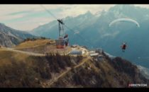 Video: Ofattbar skärmflygning i Chamonix