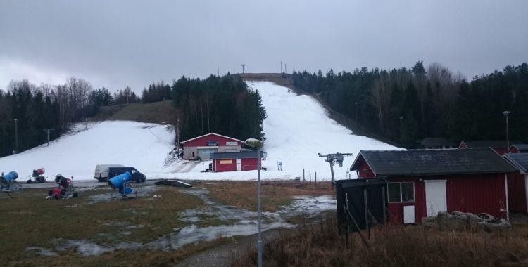 Ekebyhovsbacken på Ekerö öppnade i helgen