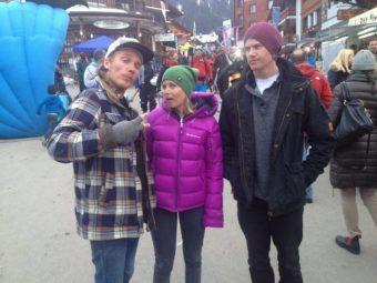Matilda med Wille Lindberg och Reine, dagen efter Matildas vinnaråk i Verbier 2013.