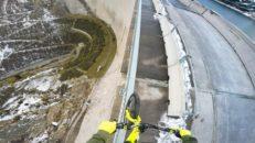 Skulle du cykla på räcket till Europas högsta damm?