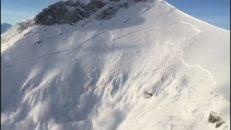 Patrullsprängd Monsterlavin i Schweiz