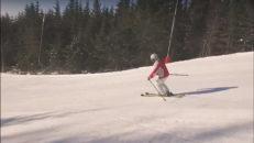 88-åringen Ulla Lindeberg åker skidor