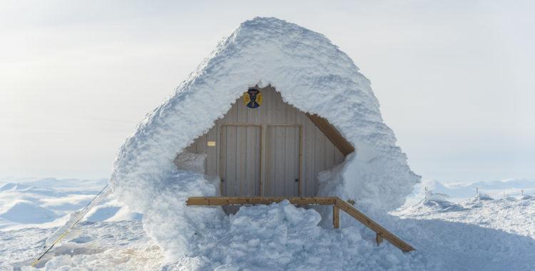 Skyddshytta på 2 040 meters höjd upp på Kebnekaise.