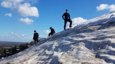 På Kungsberget sover snön sött