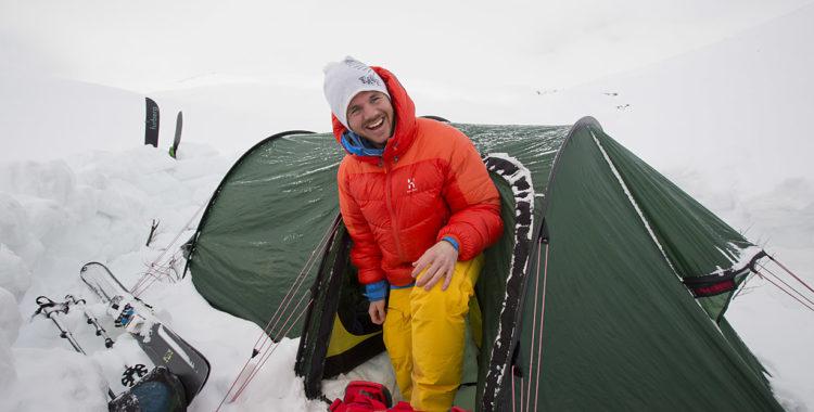 Per Jonsson flyttar till nytt jobb i norr, men varken till tält eller husvagnen i Riksgränsen.