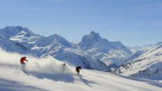Vinn skidsemester i Canazei med Slopetrotter Skitours