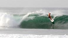 Tropiska vågor på Sri Lanka