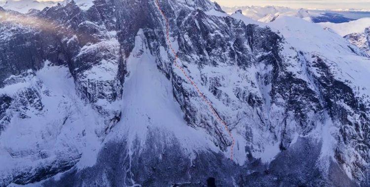 Kilian Jornet körde Fiva-rutten nedför Trollveggens massiv i Norge.