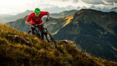 Maxa outdoor-sommaren i österrikiska Alperna