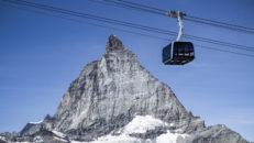 Lyxgondoler med Swarovski-kristaller invigs i Zermatt