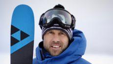 Sverre Liliequist signar för Fischer