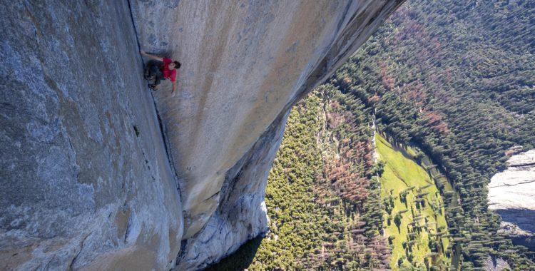 Alex Honnold klättrar genom