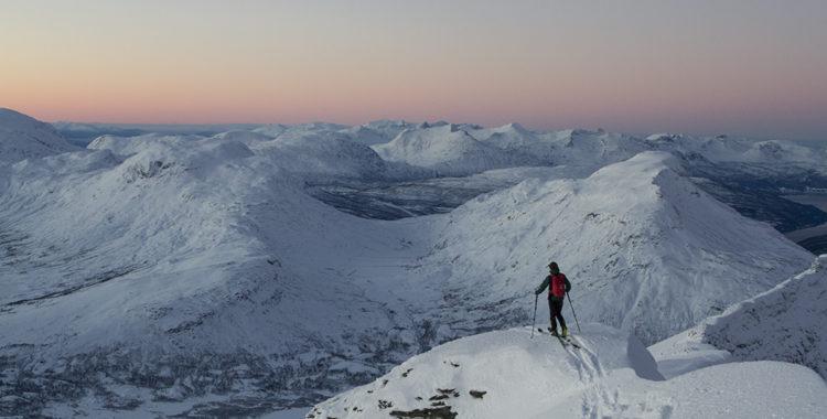 Börjat tura mer än skida? Den här köpguiden hjälper dig komma åt de där topparna som kräver det lilla extra.