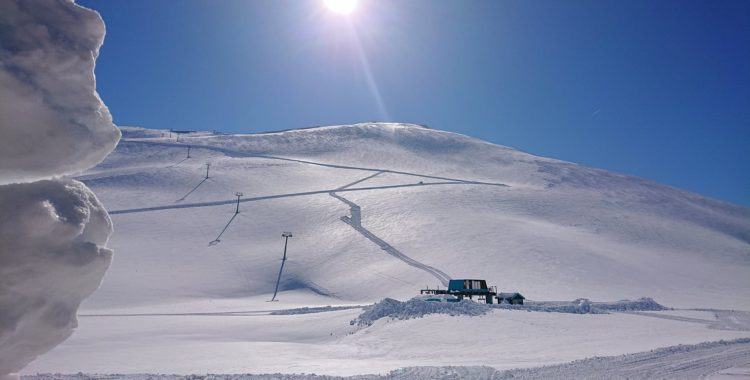 Stryn har öppnat för sommarskidåkning 2019