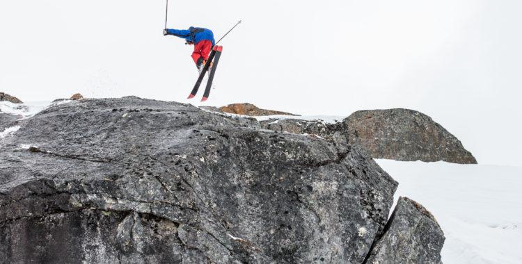 16-åringen Max Palm leder NM skidor herr inför sista tävlingsdagen imorgon.