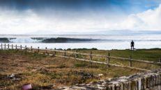 Surfing på västra Irland: Den vilda Atlantkusten, vågextas och hjärnfrys