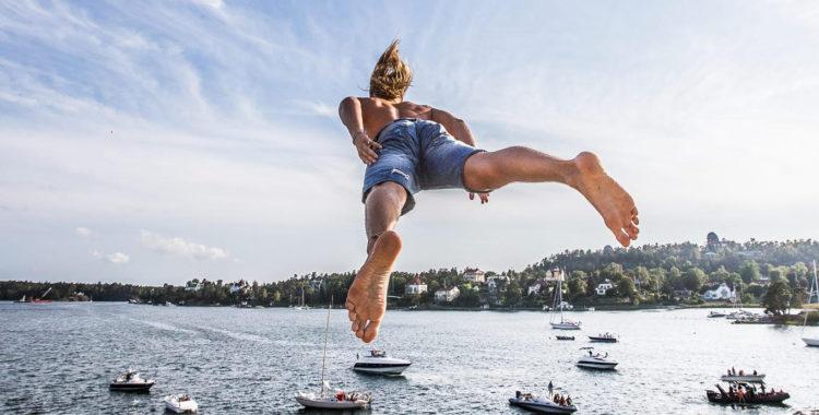 På söndag är det VM-kval i Dödshopp på Hornstull Strand i Stockholm.