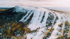 Nästa fredag öppnar första skidorten i Sverige