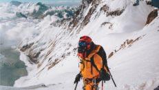 Livsfarlig couloir på 8516 meter höga Lhotse