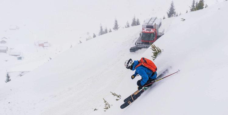 Cat-skiing för dig som inte har råd med heli, eller dig som inte orkar gå på tur, dvs UNDERBART!