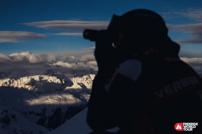 Reine kikar ut över bergen i Verbier.