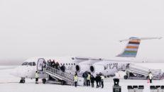 Fullsatt flygplan först att landa på nya flygplatsen i Sälen