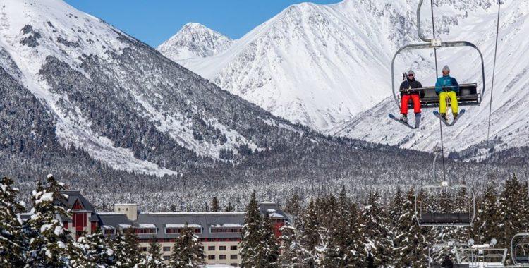 Alyeska Resort i Alaska fortsätter att hålla öppet, med vissa restriktioner.