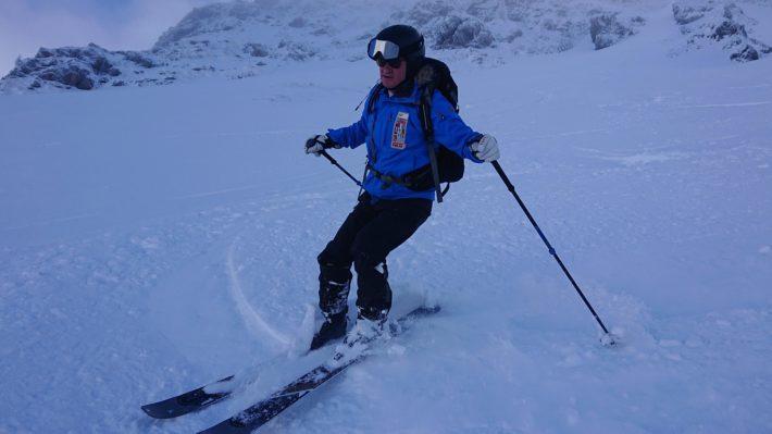Anders Scharp åker skidor i Chamonix.