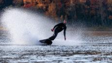 Awake Electric Surfboards – som att åka snowboard i puder