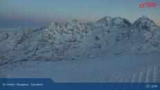 Nära 2 meter snö på väg mot St Moritz