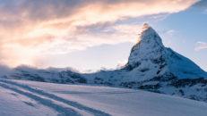 Över 1 meter snö på väg mot Chamonix och Zermatt