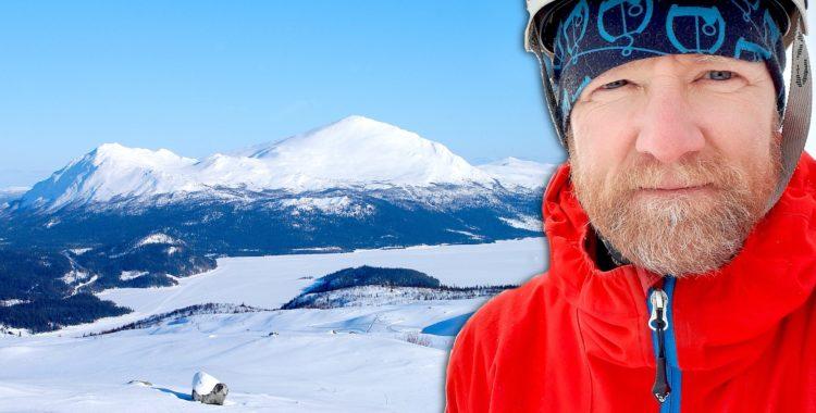 Johan af Ekenstam har fått ett grymt topptursberg nära Tärnaby på sitt arbetsbord.