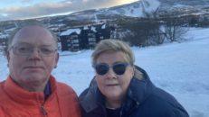 Norges statsminister utreds för brott under skidsemester