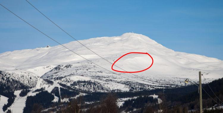 Stor lavin på Lillskutan i Åre. (Bilden är tagen vid ett annat tillfälle).