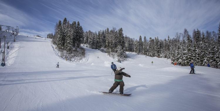 Sugen på en egen skidanläggning? Nu har du chansen.