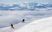 Då öppnar våra svenska skidorter