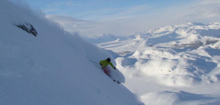 Åkare: Jonathan Eklöf, Foto: Markus Zetterberg, Kategori: Skidor - Big Mountain